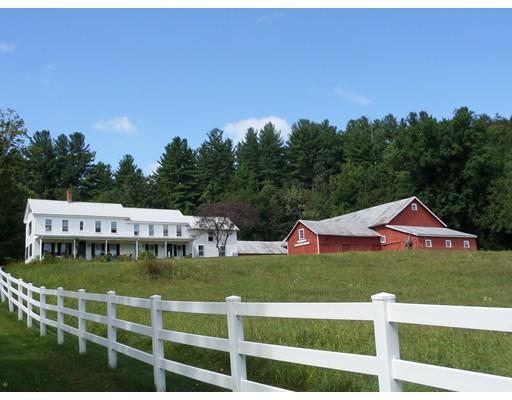 Maison unifamiliale pour l Vente à 15 Bromley Road 15 Bromley Road Huntington, Massachusetts 01050 États-Unis