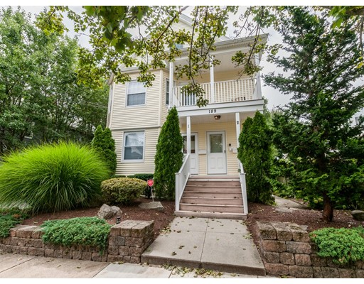 Condominium for Sale at 189 Robbins Waltham, 02543 United States