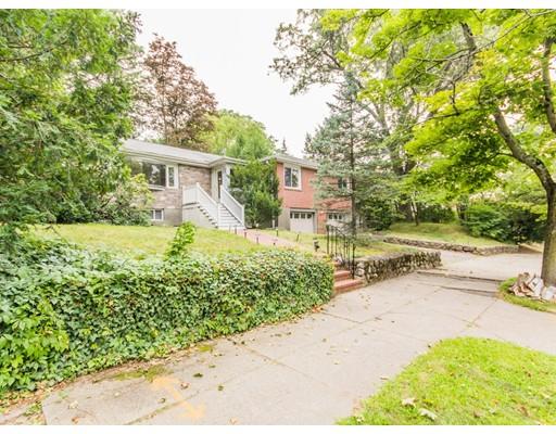 独户住宅 为 销售 在 1824 Commonwealth Avenue 牛顿, 02466 美国