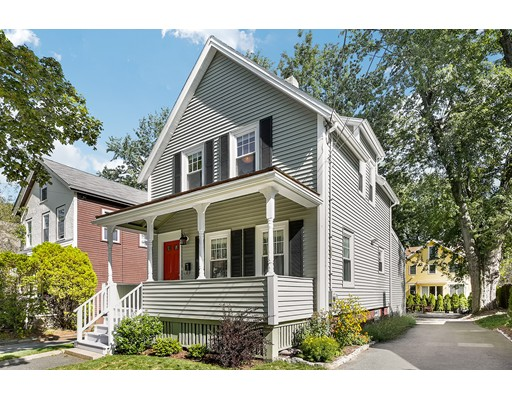 Casa Unifamiliar por un Venta en 61 Henderson Street Arlington, Massachusetts 02474 Estados Unidos