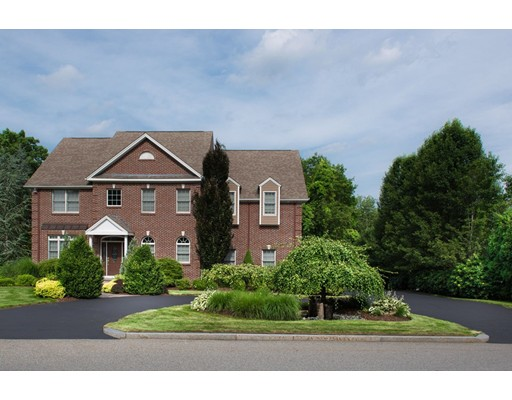 22 Red Brook Crossing, Lincoln, RI 02865