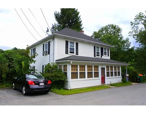 多户住宅 为 销售 在 262 Grove Street 262 Grove Street Clinton, 马萨诸塞州 01510 美国