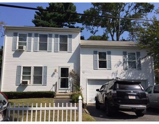 واحد منزل الأسرة للـ Sale في 18 Ocean Avenue 18 Ocean Avenue Halifax, Massachusetts 02350 United States