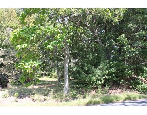 土地,用地 为 销售 在 240 Auburn Street 240 Auburn Street Bridgewater, 马萨诸塞州 02324 美国