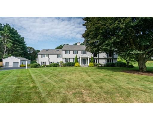 Maison unifamiliale pour l Vente à 33 Oxbow Road 33 Oxbow Road Needham, Massachusetts 02492 États-Unis