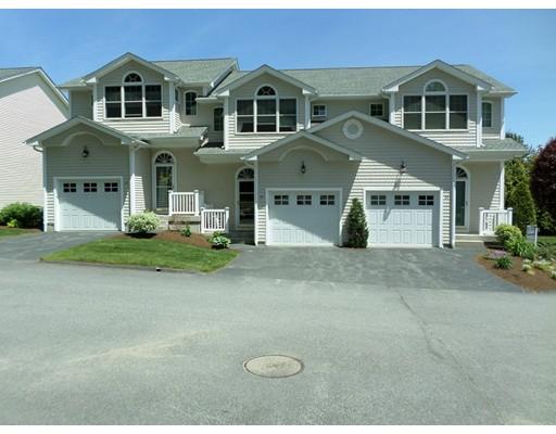 Appartement en copropriété pour l Vente à 1 Santini St #DD 1 Santini St #DD North Providence, Rhode Island 02904 États-Unis