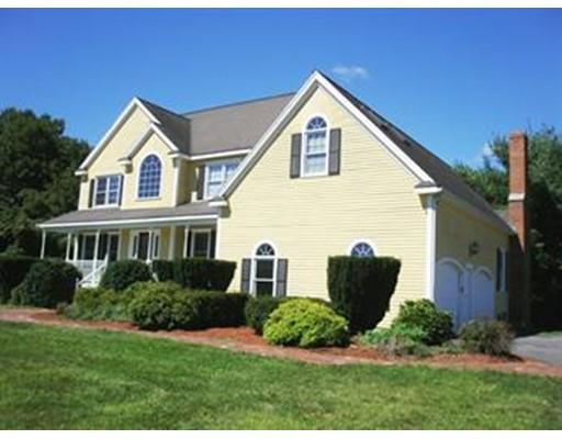 واحد منزل الأسرة للـ Sale في 23 Brigham Road 23 Brigham Road Berlin, Massachusetts 01503 United States