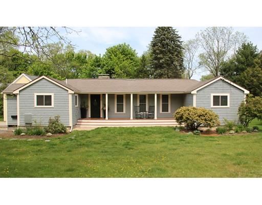Частный односемейный дом для того Аренда на 6 Pine Street Medfield, Массачусетс 02052 Соединенные Штаты