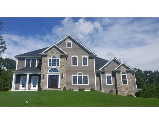 Maison unifamiliale pour l Vente à 13 Medalist Drive 13 Medalist Drive Rehoboth, Massachusetts 02769 États-Unis