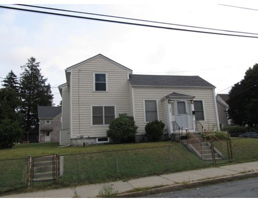 Additional photo for property listing at 580 County Street  Fall River, Massachusetts 02723 Estados Unidos
