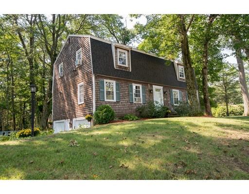 Maison unifamiliale pour l Vente à 15 Bayberry Road 15 Bayberry Road Danvers, Massachusetts 01923 États-Unis
