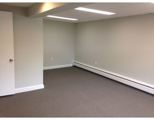 Commercial للـ Rent في 22 Central Street 22 Central Street Hingham, Massachusetts 02043 United States