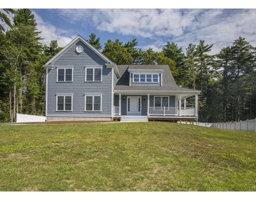Single Family Home for Sale at 17 Waterford Circle Dighton, Massachusetts 02715 United States