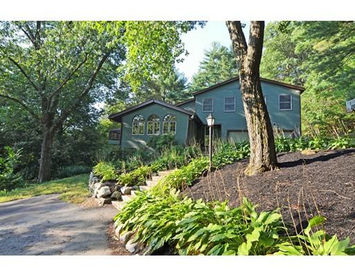 Single Family Home for Sale at 17 Oak Hill Road Harvard, Massachusetts 01451 United States