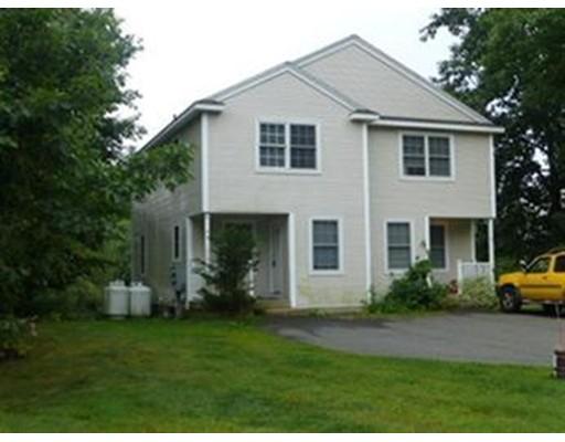 Casa unifamiliar adosada (Townhouse) por un Alquiler en 24 Oakwood Drive #24 Belchertown, Massachusetts 01007 Estados Unidos
