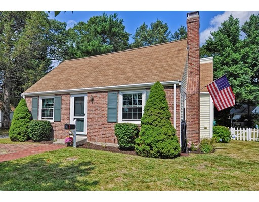 Single Family Home for Sale at 9 Euclid Circle Natick, Massachusetts 01760 United States