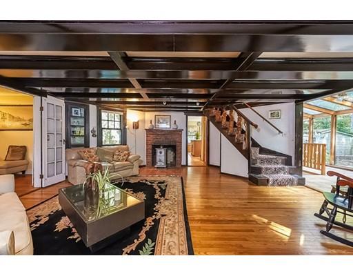 Casa Unifamiliar por un Venta en 85 Woodside Avenue 85 Woodside Avenue Wellesley, Massachusetts 02482 Estados Unidos