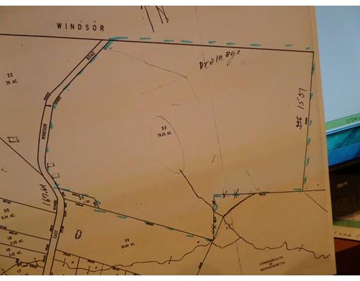Terreno por un Venta en 265 East Windsor Rad 265 East Windsor Rad Peru, Massachusetts 01235 Estados Unidos