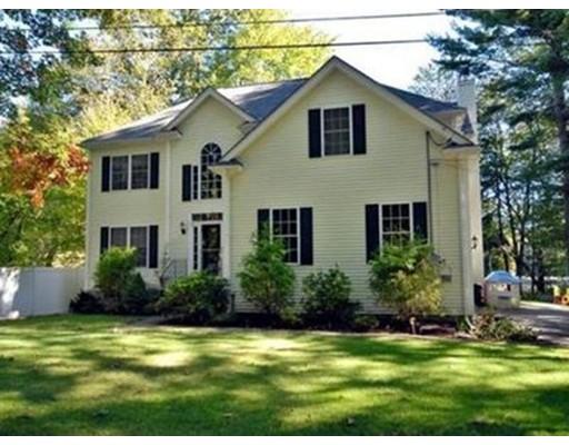 Частный односемейный дом для того Продажа на 8 Pondview Ter 8 Pondview Ter Dudley, Массачусетс 01571 Соединенные Штаты