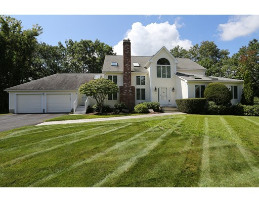 Single Family Home for Sale at 14 Fieldstone Lane Natick, Massachusetts 01760 United States