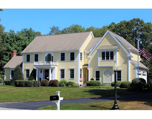 واحد منزل الأسرة للـ Sale في 49 BAYBERRY 49 BAYBERRY Hanover, Massachusetts 02339 United States