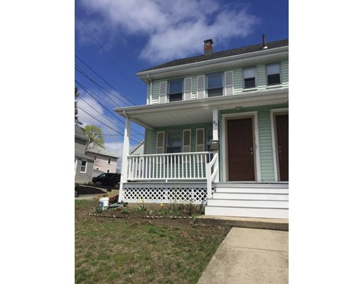 Casa unifamiliar adosada (Townhouse) por un Alquiler en 93 Railroad Ave #95 93 Railroad Ave #95 Norwood, Massachusetts 02062 Estados Unidos