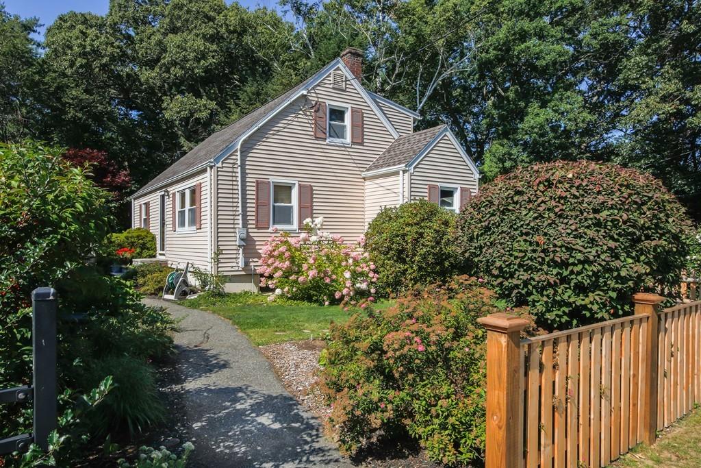 Property for sale at 58 Appleton Ave, Hamilton,  Massachusetts 01982