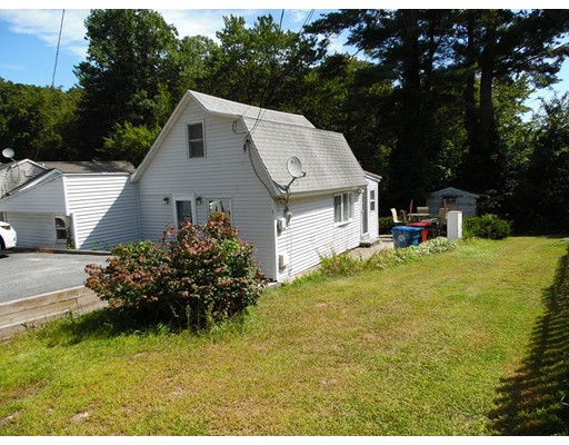 5 Fairview Ave, Tyngsborough, MA 01879