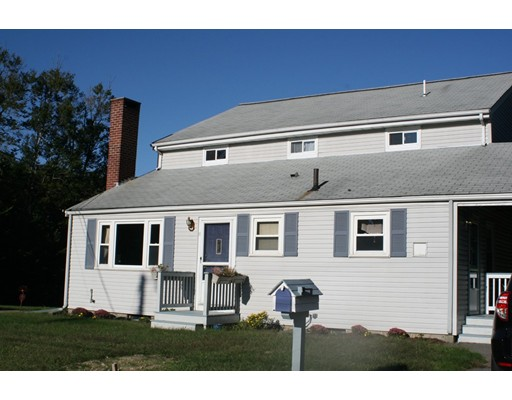 Single Family Home for Sale at 2 Stanley Avenue Rockland, Massachusetts 02370 United States