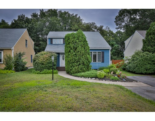 Single Family Home for Sale at 6 Andrews Farm Road Boxford, Massachusetts 01921 United States