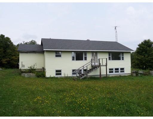 Casa Unifamiliar por un Venta en 265 E Windsor Road 265 E Windsor Road Peru, Massachusetts 01235 Estados Unidos