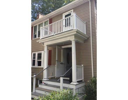 Additional photo for property listing at 59 Oakland Rd #1 59 Oakland Rd #1 Brookline, Massachusetts 02445 États-Unis