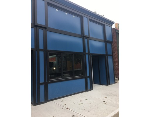 Additional photo for property listing at 6 Commercial Street 6 Commercial Street Braintree, Massachusetts 02184 États-Unis