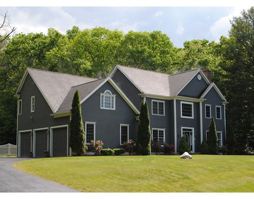 Single Family Home for Sale at 11 Miscoe Hill Road Upton, Massachusetts 01568 United States