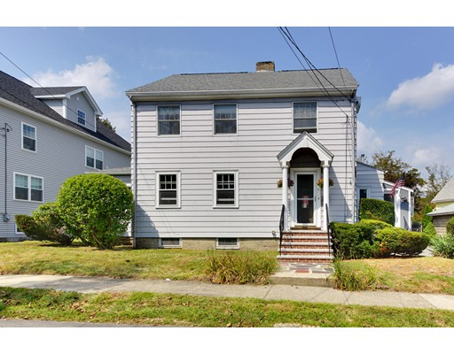 Casa Unifamiliar por un Venta en 11 Maynard Street Arlington, Massachusetts 02474 Estados Unidos