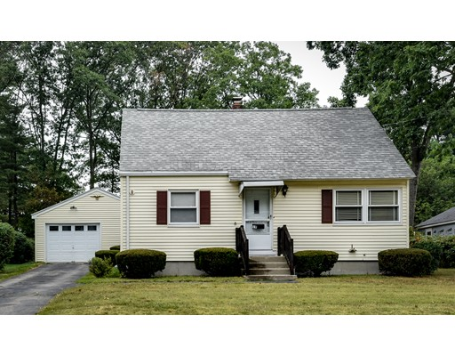Single Family Home for Sale at 19 Oakridge Avenue Natick, Massachusetts 01760 United States