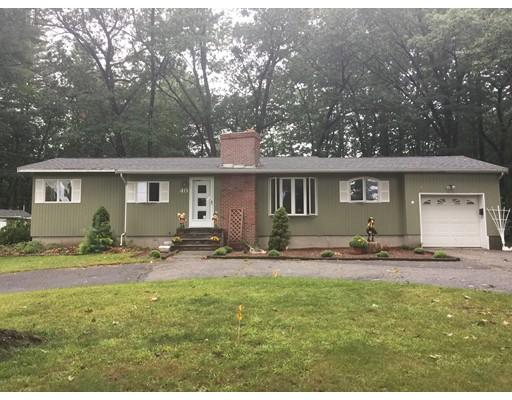 40 Middlesex Rd, Tyngsborough, MA 01879