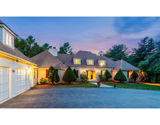 Single Family Home for Sale at 14 Old Mill Road Norfolk, Massachusetts 02056 United States