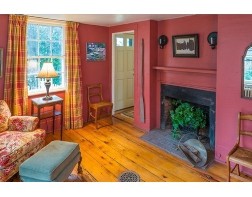 Additional photo for property listing at 23 Waldron Street  Marblehead, Massachusetts 01945 United States