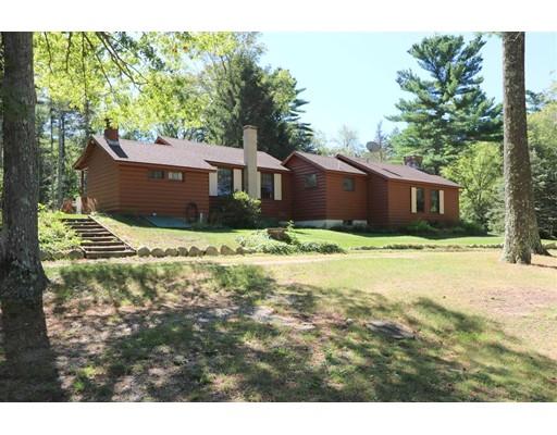Частный односемейный дом для того Продажа на 201 SNOWS POND Road 201 SNOWS POND Road Rochester, Массачусетс 02770 Соединенные Штаты