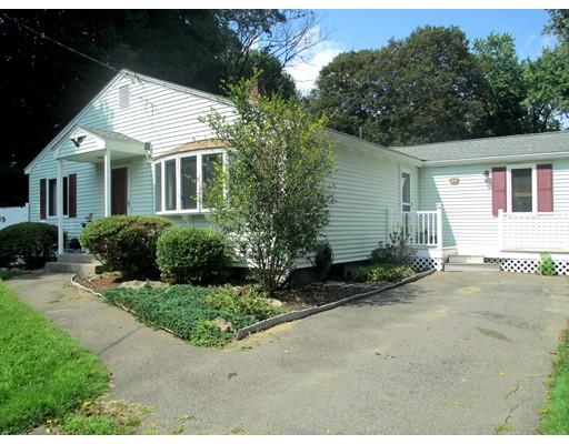 Частный односемейный дом для того Продажа на 29 Damon Street Wayland, Массачусетс 01778 Соединенные Штаты