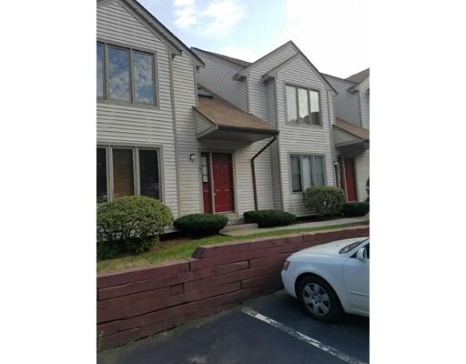 Casa unifamiliar adosada (Townhouse) por un Alquiler en 41 Elm St #A1 41 Elm St #A1 Foxboro, Massachusetts 02035 Estados Unidos
