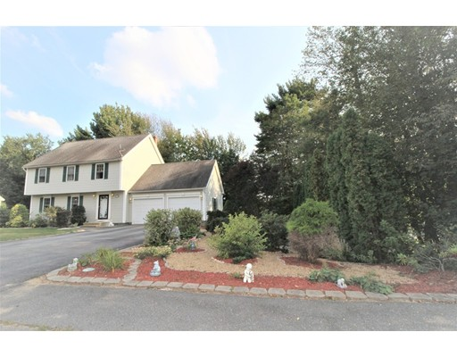 Single Family Home for Sale at 19 Fieldstone Drive Gardner, Massachusetts 01440 United States