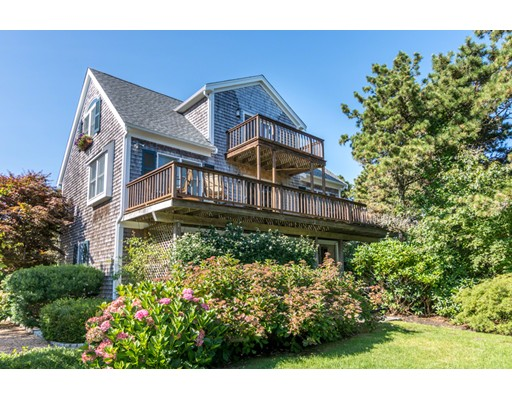 Single Family Home for Sale at 14 Thaxter Lane 14 Thaxter Lane Edgartown, Massachusetts 02539 United States