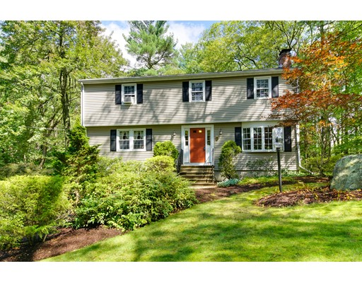 Single Family Home for Sale at 244 Howard Street Northborough, Massachusetts 01532 United States