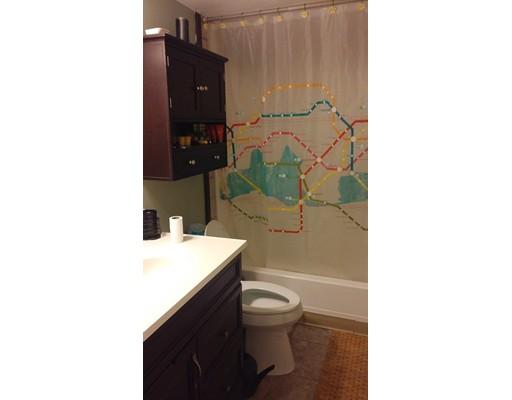 Condominio por un Venta en 137 John A Dunn Memorial Drive 137 John A Dunn Memorial Drive Rockland, Massachusetts 02370 Estados Unidos