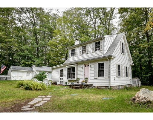 Single Family Home for Sale at 34 S Main Street Sherborn, Massachusetts 01770 United States