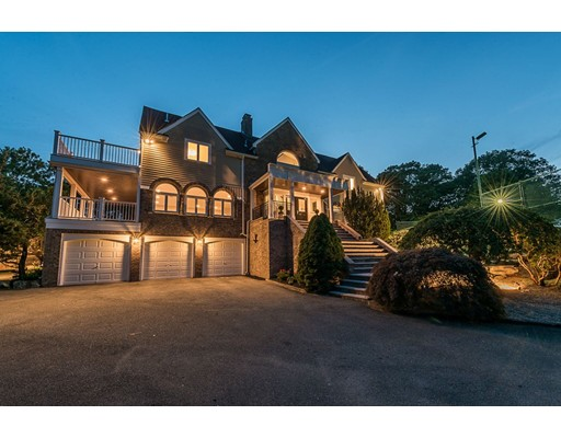 Maison unifamiliale pour l Vente à 21 Prince Street Beverly, Massachusetts 01915 États-Unis