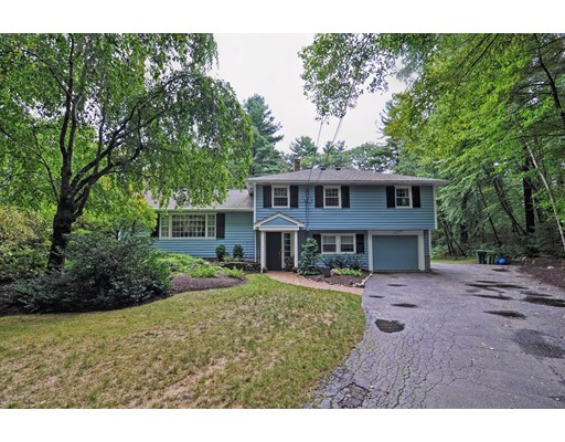 Частный односемейный дом для того Продажа на 141 Woodridge Road Wayland, Массачусетс 01778 Соединенные Штаты