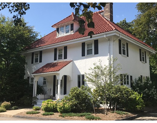 Single Family Home for Sale at 11 Grant Avenue Wellesley, Massachusetts 02481 United States
